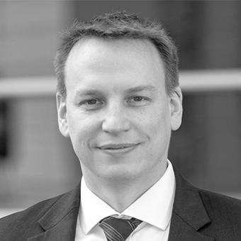 Dr. Christoffer Koch
